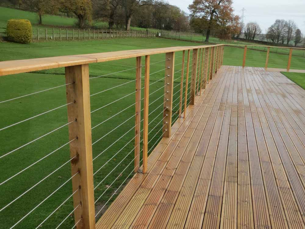 Easy to install our marine grade Stainless Steel cable fence kits create beautiful, contemporary fences and rails for your outdoor decking and balconies