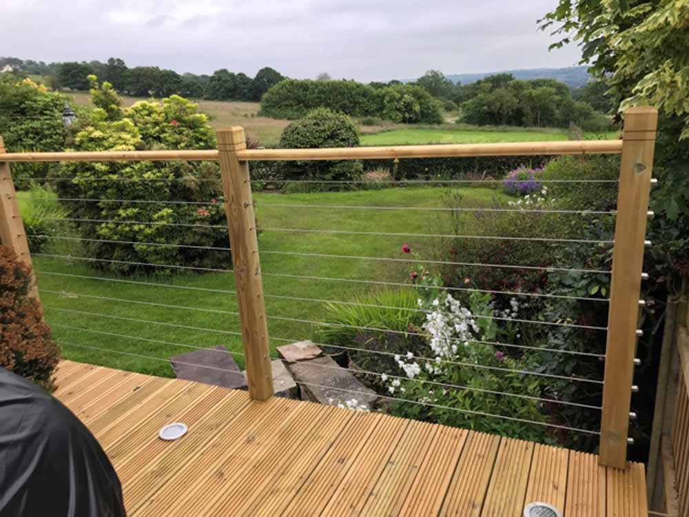 Premium quality, affordable Stainless Steel wire and cable fence systems perfect for creating modern and stylish outdoor decking and balcony fences