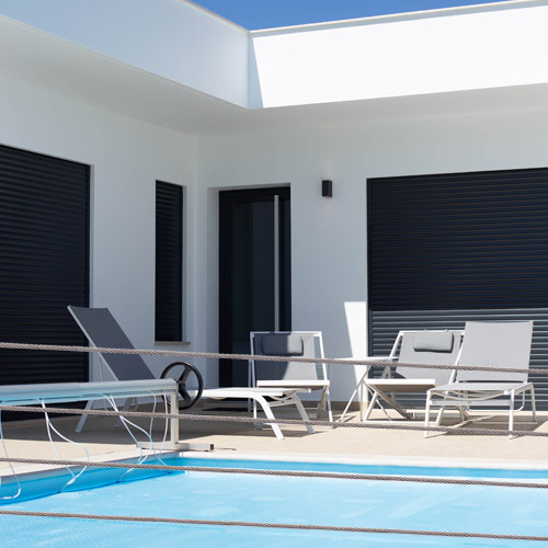 Corrosion resistant, marine grade Stainless Steel cable and wire fence kits for modern and stylish pool side fences and rails
