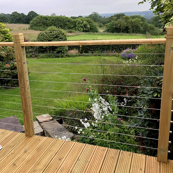 Fencing for Outdoor Decking 1